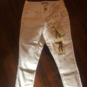 White Skinny leg Jeans SIZE 0
